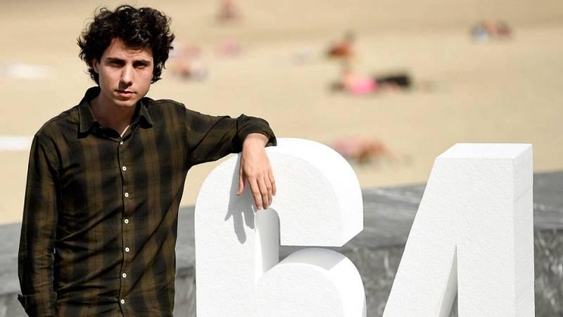 Jonás Trueba presenta en San Sebastián 'La Reconquista', una historia de nostalgia sobre el primer amor