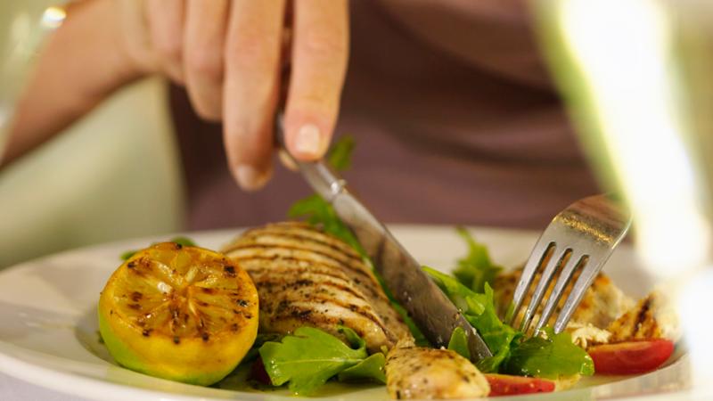Esto me suena. Las tardes del Ciudadano García - Dieta y nutrición: Consejos para comer bien y barato fuera de casa - Ver ahora