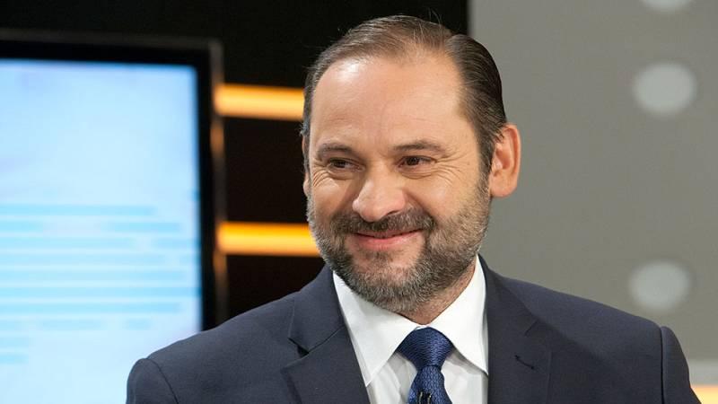 """Ábalos (PSOE): """"En nuestros estatutos no pone nada de la gestora sino que se debe proceder a un congreso extraordinario"""""""