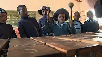 Pueblo de Dios - Zimbabue, salvar la educación - ver ahora
