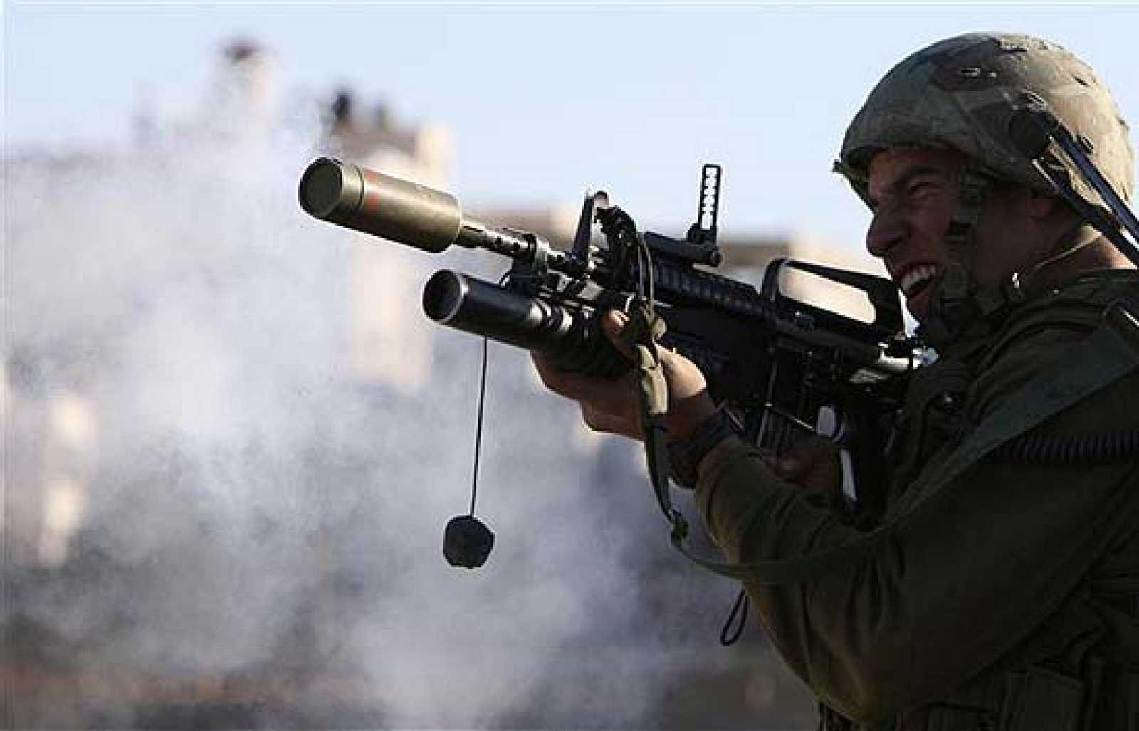 La ofensiva terrestre sobre Gaza se cobra las primeras víctimas