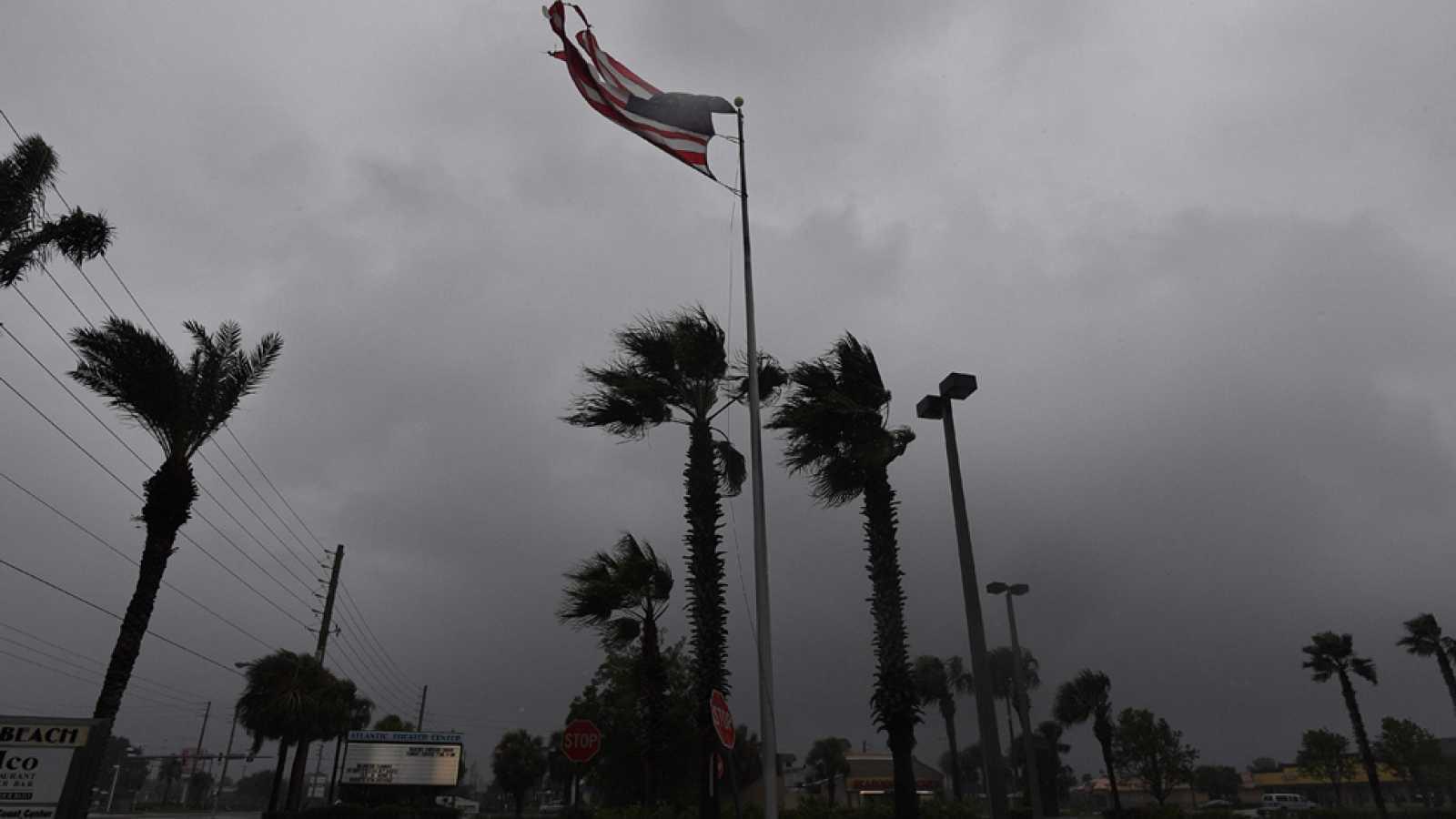 La costa sureste de EE.UU. sobrevive al huracán Matthew