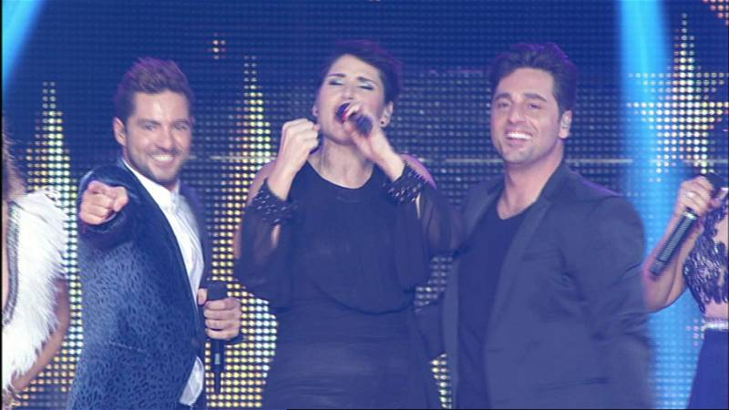 Rosa López canta 'Europe's living a celebration' en el concierto de OT