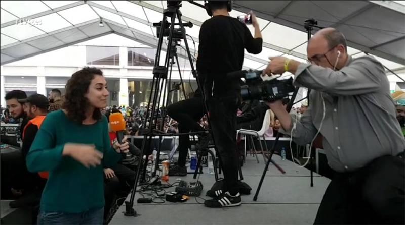Retransmitiendo en directo para facebook con una cámara JVC
