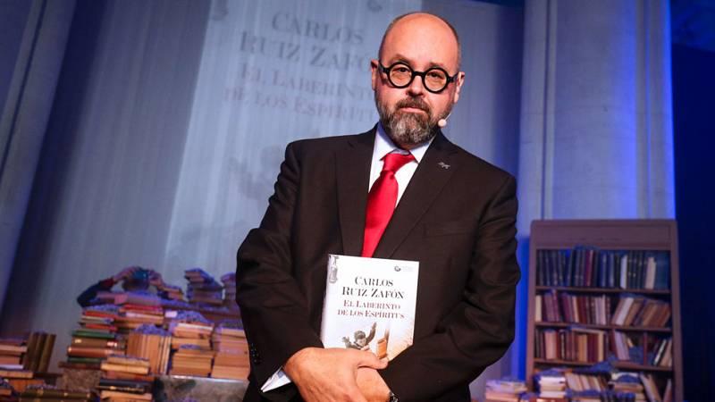 Ruiz Zafón cierra la saga de El cementerio de los libros olvidados con 'El laberinto de los espíritus'