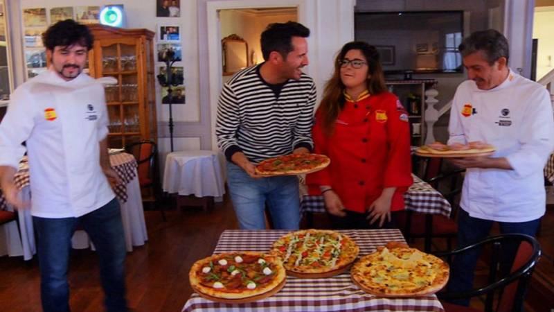 Una familia pizzera