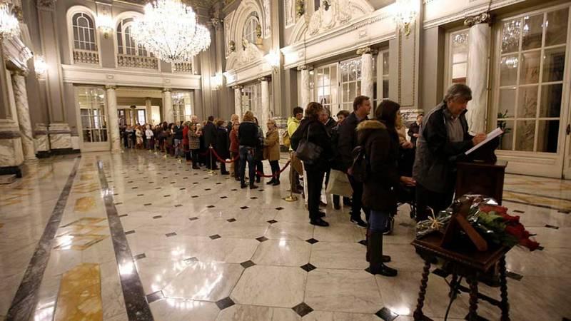 Representantes políticos y sociales despiden en el tanatorio a la exalcaldesa de Valencia