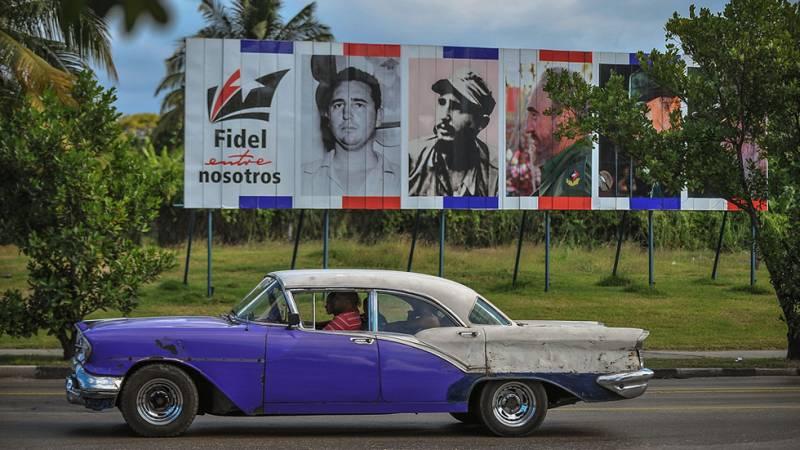 Las calles de La Habana se preparan con prudencia para la era poscastrista