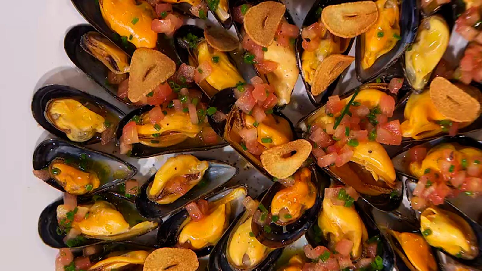 Torres en la cocina - Mejillones con pimienta y vinagreta