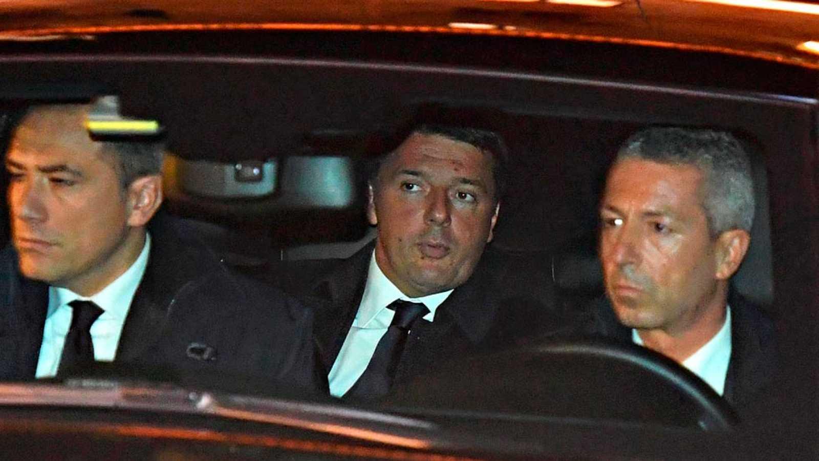 Renzi pospone unos días su dimisión a petición del presidente de Italia