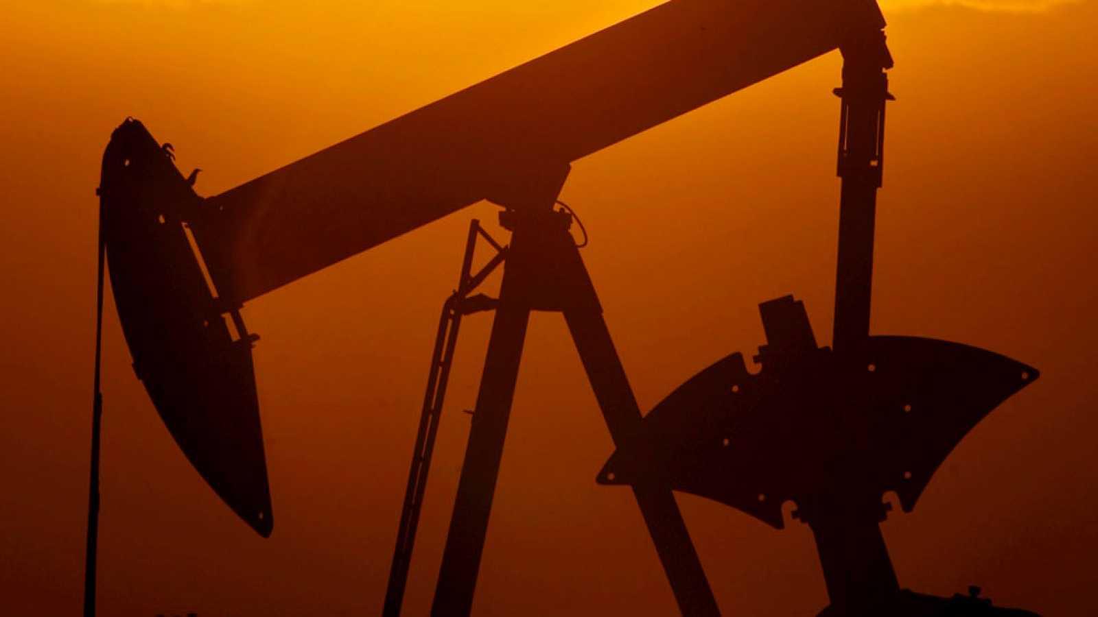 """Los países """"No-OPEP"""" acuerdan la retirada de casi 600.000 barriles diarios"""