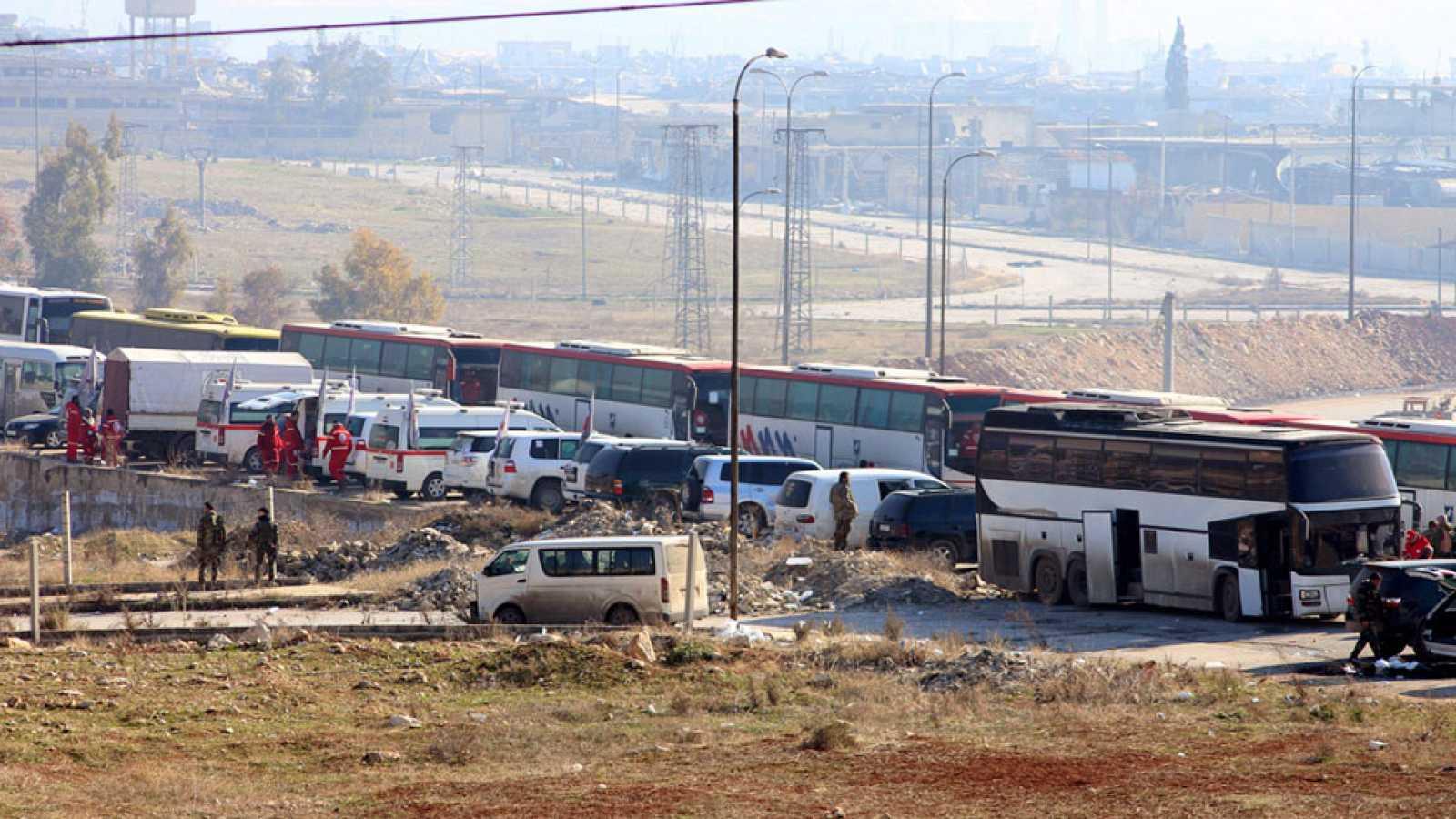 La operación para evacuar Alepo se reanuda