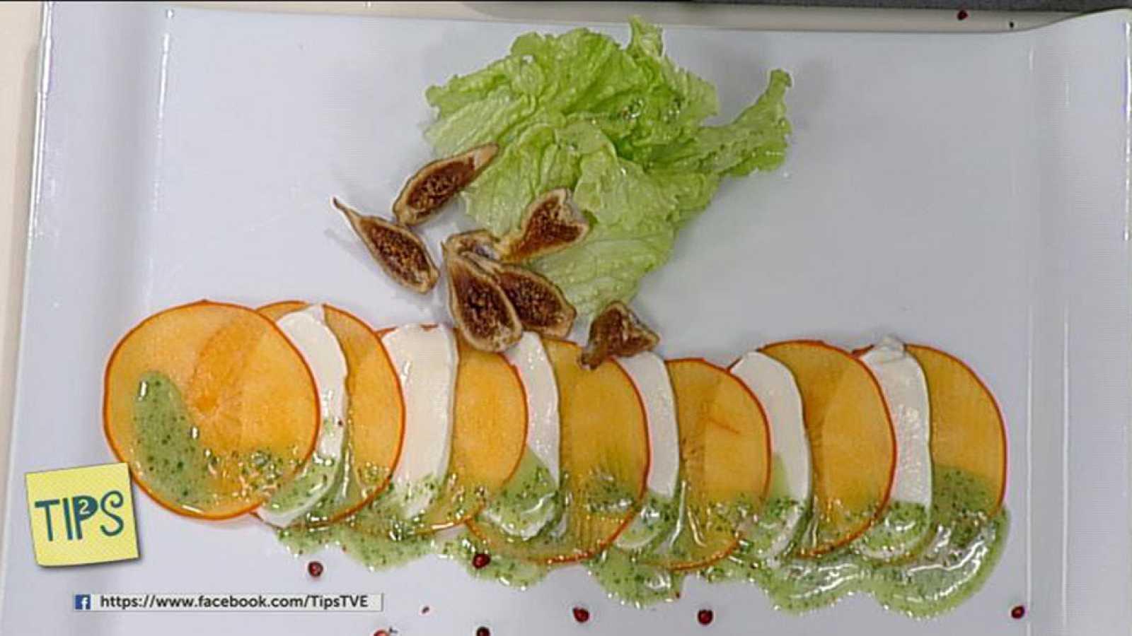 TIPS - Cocina - Ensalada de persimón, queso y albahaca