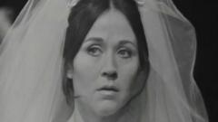 Las doce caras de Eva - Libra