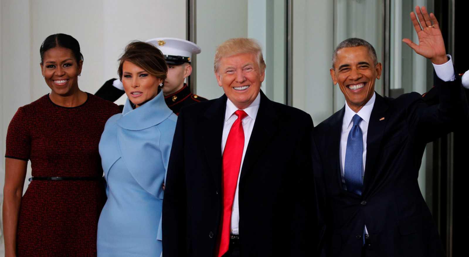 Donald Trump jura como presidente de los EE.UU. en una ceremonia que arranca con los Obama en la Casa Blanca