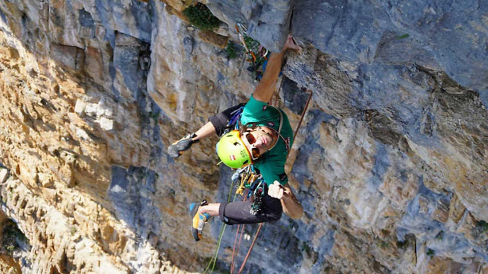 Al filo de lo imposible - Pirineos: territorio de aventura - ver ahora