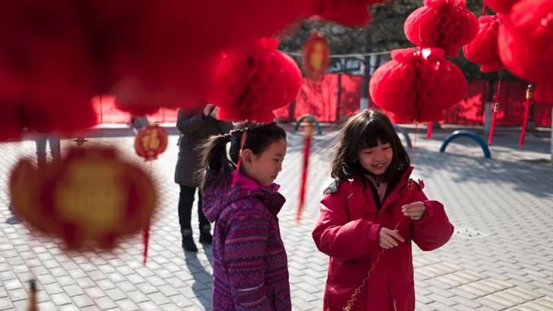 Los nacimientos en China registran el mejor dato en 16 años tras el fin de la política del hijo único