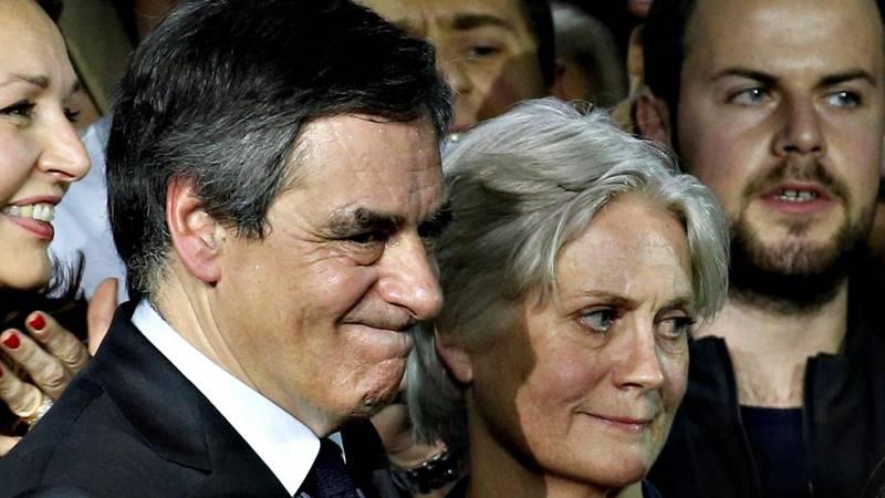 Crecen las acusaciones contra François Fillon, el candidato presidencial de la derecha francesa