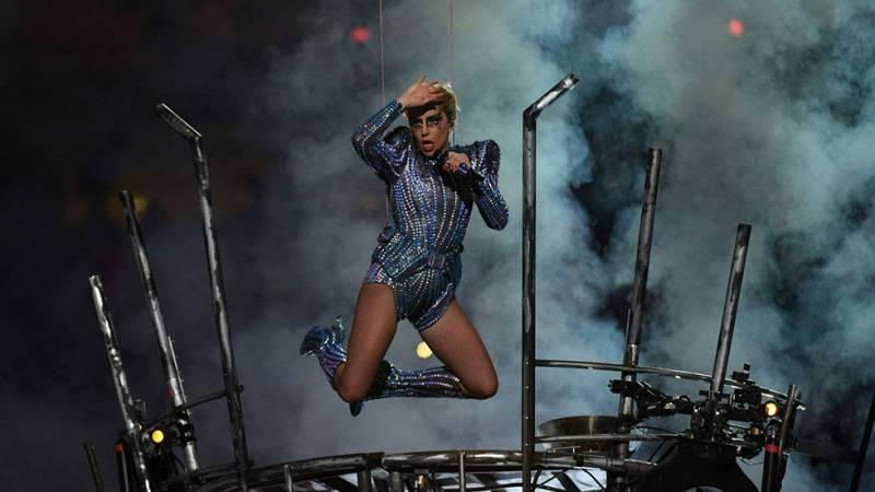 Estelar actuación de Lady Gaga en la Super Bowl