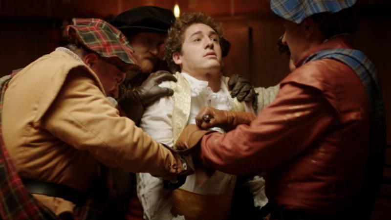 Reinas - Lord Darnley asesina a David Rizzio con ayuda de los nobles