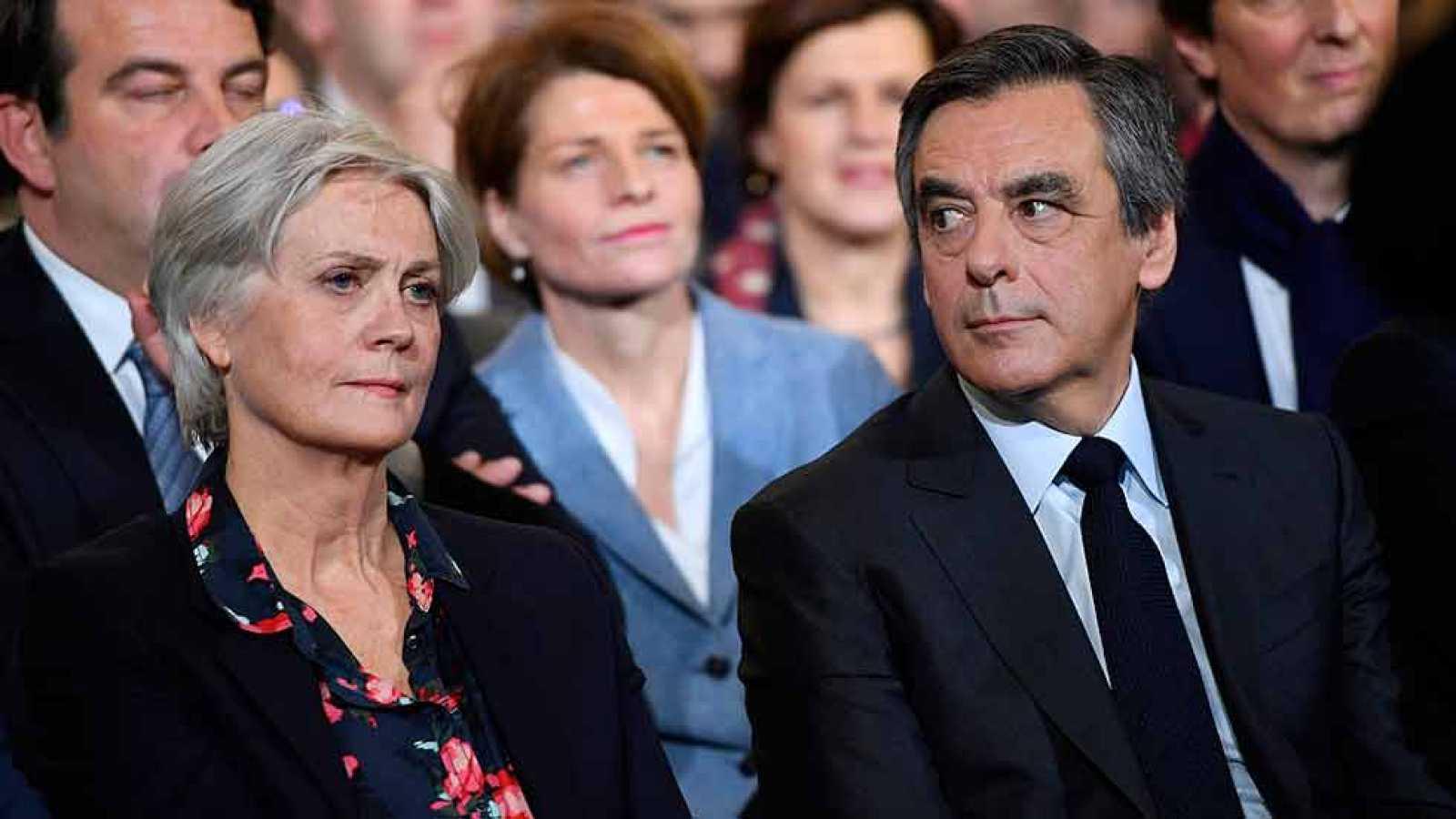 Penelope Fillon rompe su silencio en un semanario francés