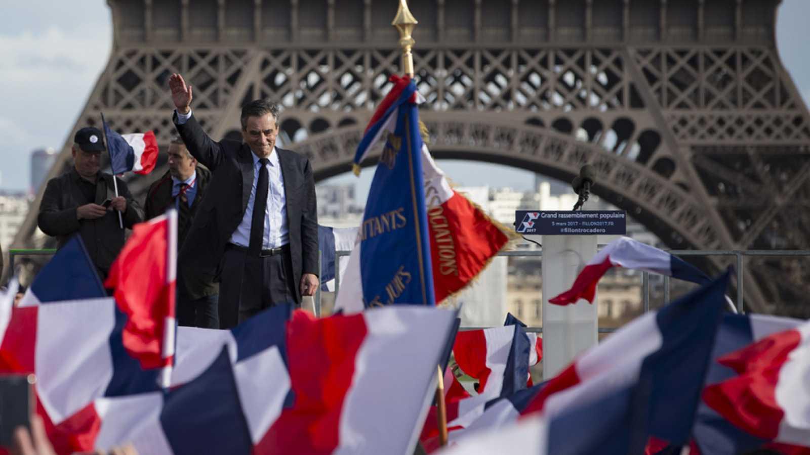 François Fillon ha tenido el baño de multitudes que deseaba