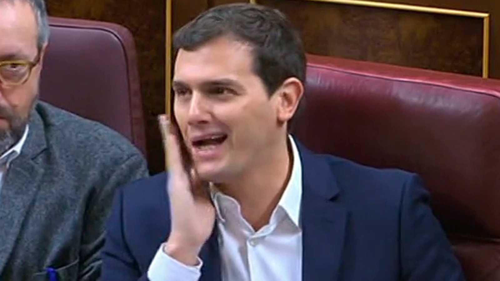 Rivera afea a Rajoy que haya incumplido el pacto anticorrupción que firmaron antes de la investidura