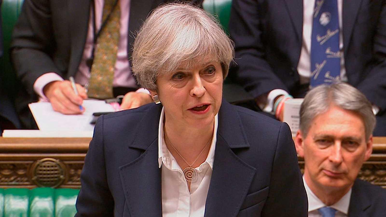 May califica el inicio del Brexit como un punto sin retorno para el Reino Unido