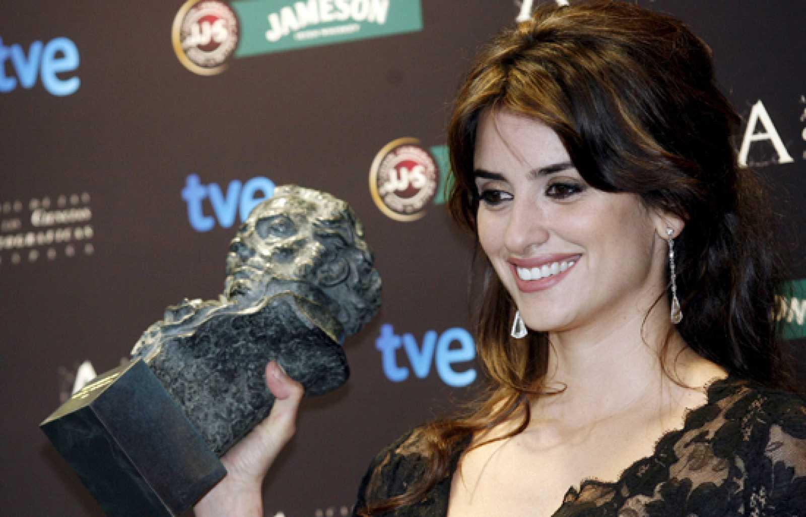 Penélope Cruz vuelve a Los Ángeles con un Goya