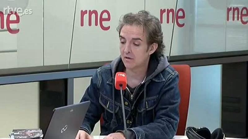 Las mañanas de RNE - La divertida anécdota de Ramoncín con Umbral y el pis en los conciertos - Ver ahora