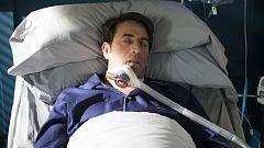 iFamily - Kike se entera de que su hermano ha caído en coma