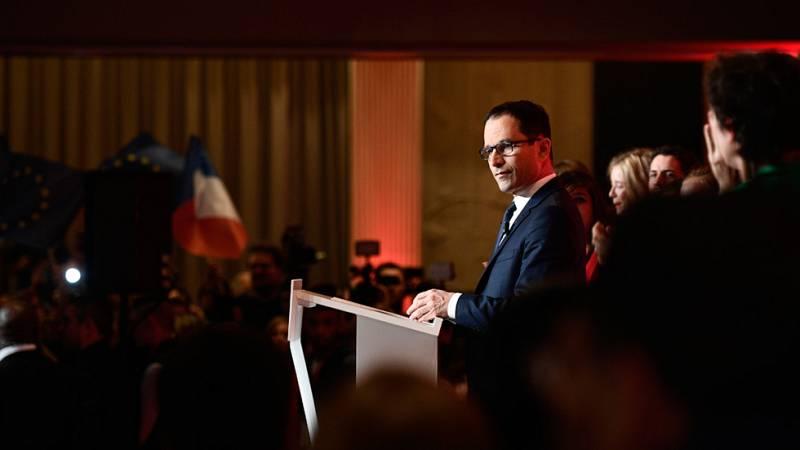"""Benoît Hamon: """"Hago un llamamiento para que podamos derrotar al Frente Nacional votando a Macron"""""""