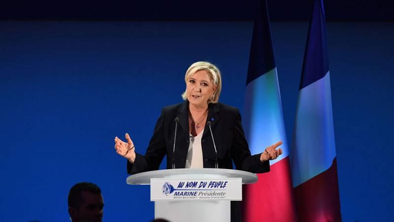 Le Pen aspira a ser la primera presidenta de Francia