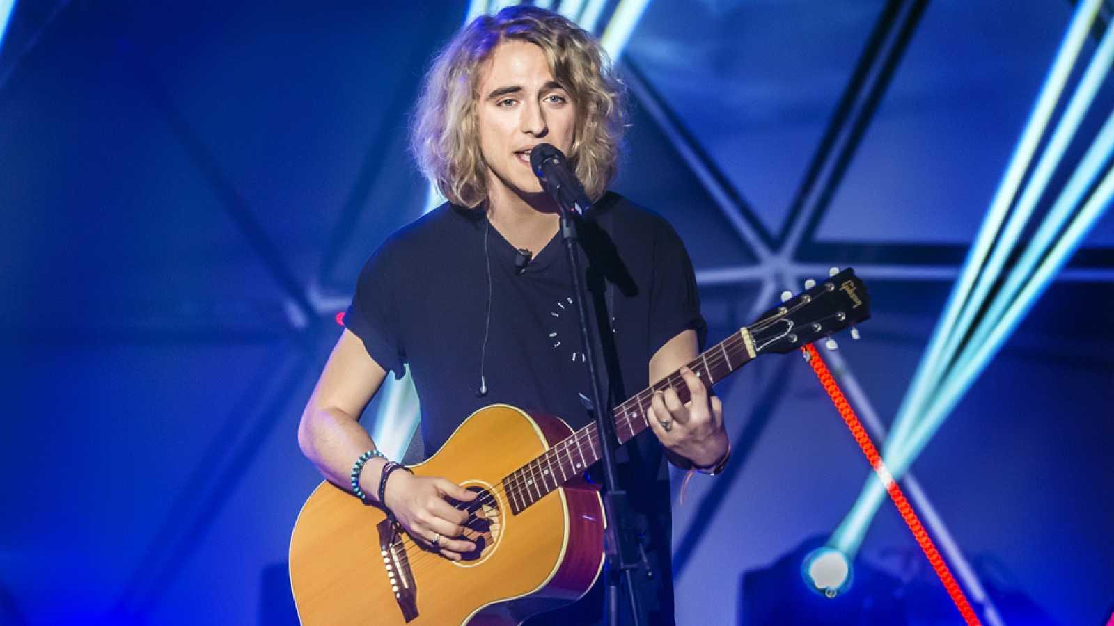 """Eurovisión 2017-  Manel Navarro canta  """"Do it for your lover"""