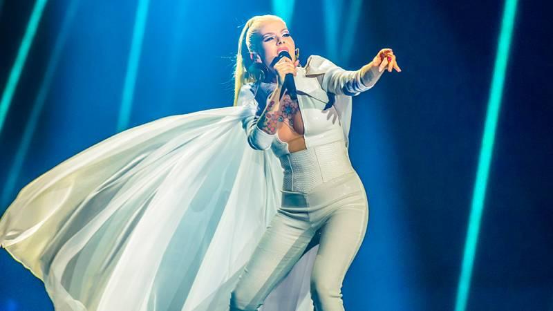 """Eurovisión 2017 - Islandia: Svala canta """"Paper"""""""
