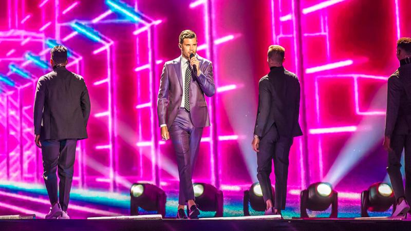 Eurovisión 2017 - Suecia: Robin Bengtsson canta ' I Can't Go On'