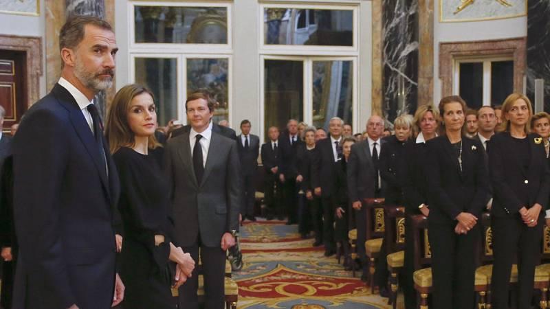 La infanta Cristina coincide por primera vez en público con el rey Felipe VI tras su absolución en el 'caso Nóos'