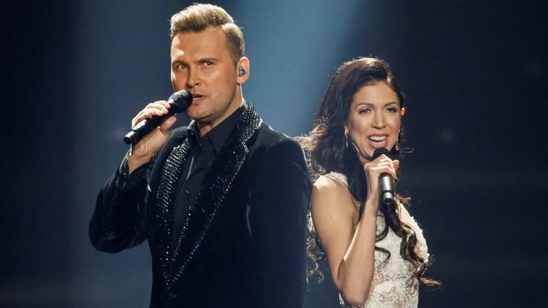 Eurovisión 2017 - Estonia: Koit Toome & Laura cantan 'Verona'