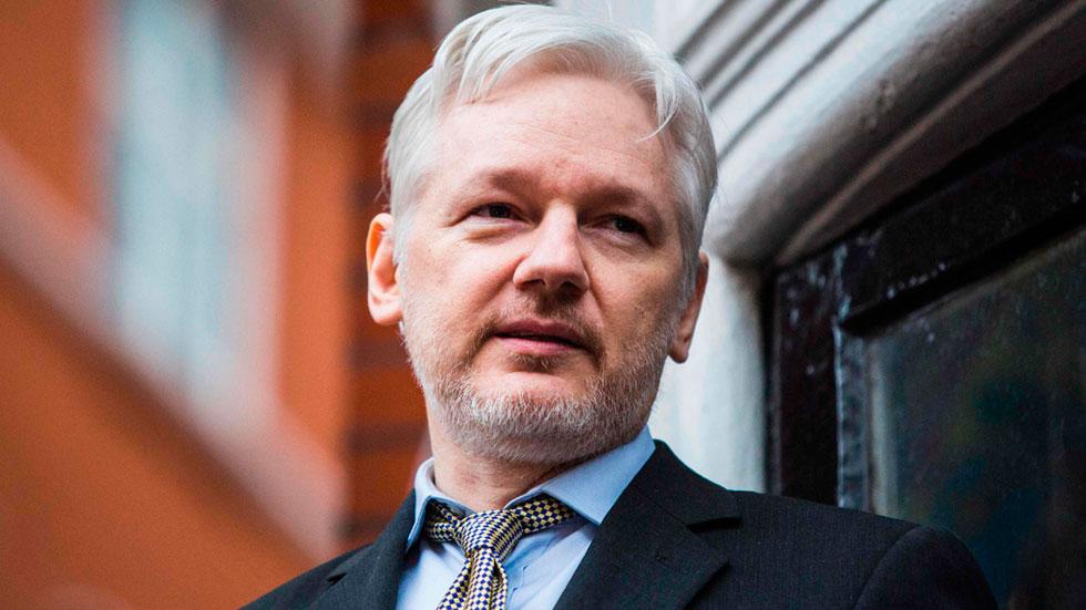 Ông Julian Assange đãtrú ẩn trong Đại sứ quán Ecuador 6 năm