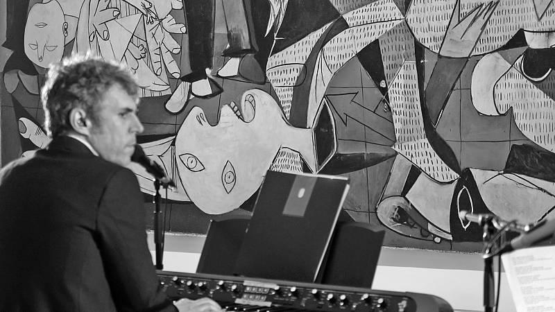 Suena Guernica - Iván Ferreiro, 'El pensamiento circular' - 07/06/17 - Ver ahora