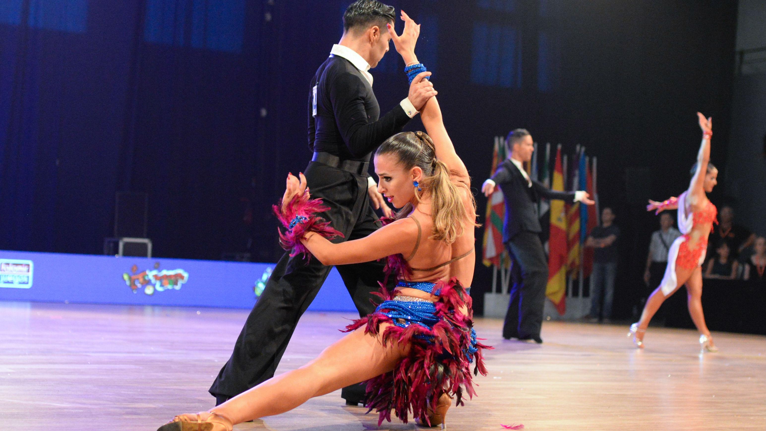f6bb2986f16 Baile deportivo   Los mejores momentos del Campeonato de España de Baile  Latino 2017 - RTVE.es