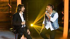 """Fantastic Duo - Antonio Carmona y Paco Carmona interpretan """"Aquellas pequeñas cosas"""""""