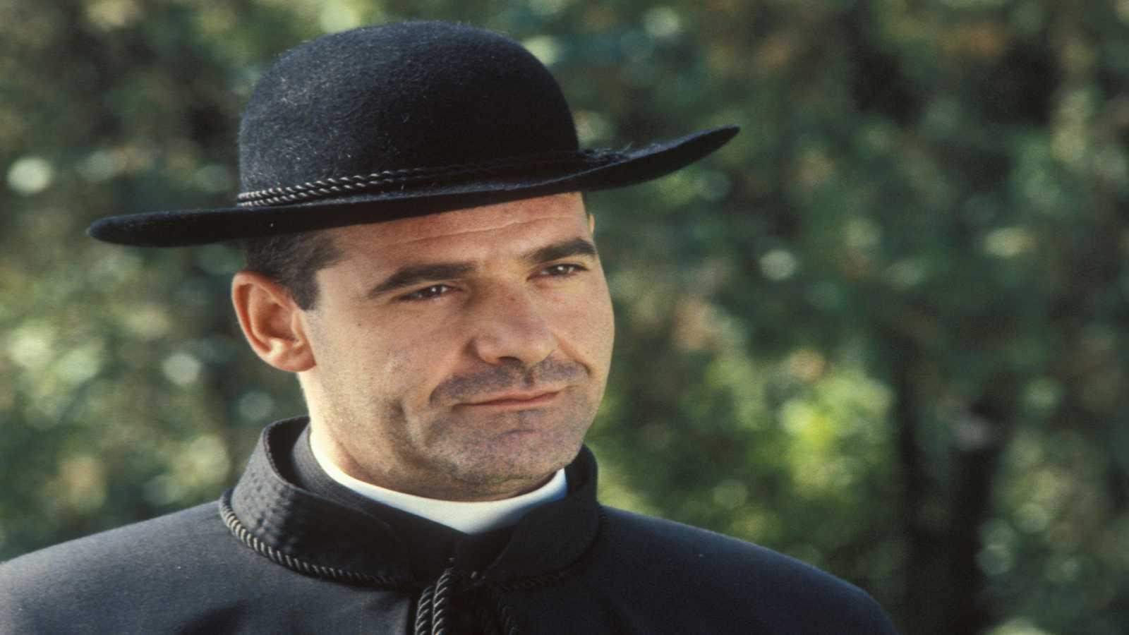 La Forja De Un Rebelde Capítulo 2 Rtve Es