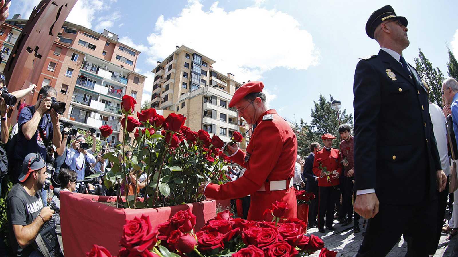 Ermua vuelve a volcarse para homenajear a Miguel Ángel Blanco