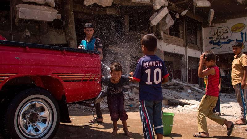 Los habitantes de Mosul luchan por recuperar sus vidas a pesar de la destrucción