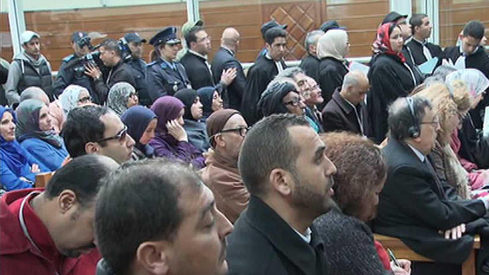 Marruecos condena a 23 independentistas saharauis en un macrojuicio