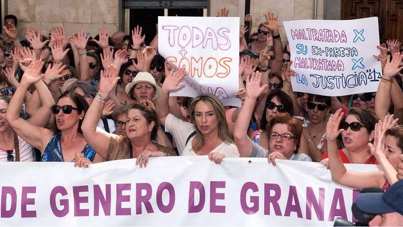 La madre maltratada de Granada que tenía que haber entregado a sus dos hijos sigue en paradero desconocido