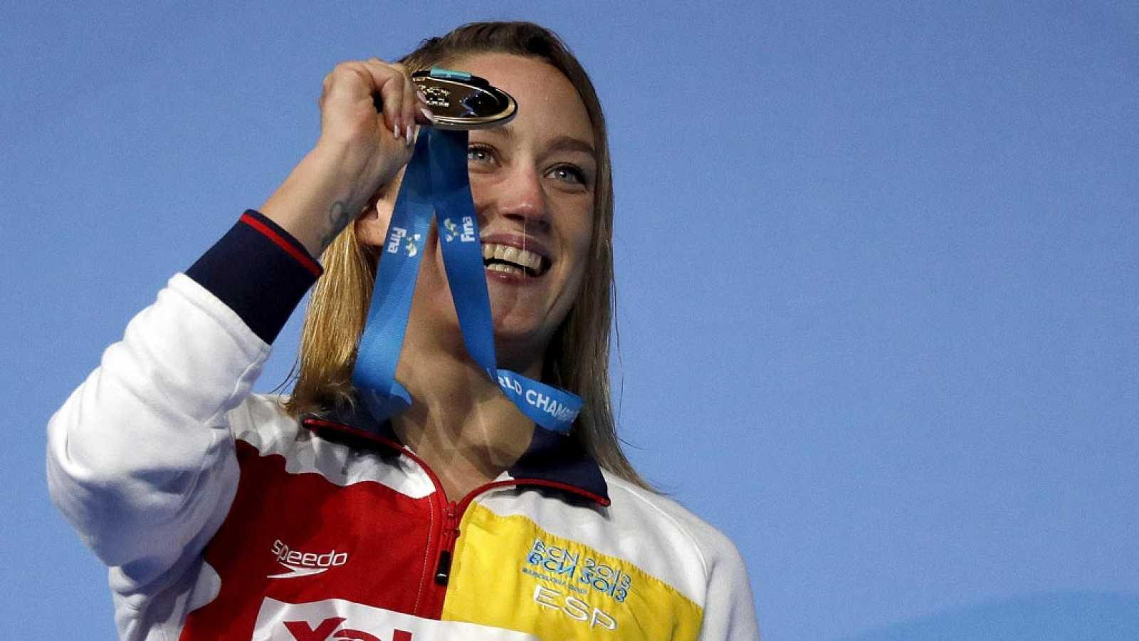 La nadadora Mireia Belmonte ha logrado el oro que le faltaba en 200 mariposa. Tenía el europeo, el olímpico y este jueves ha logrado el mundial en en Budapest.