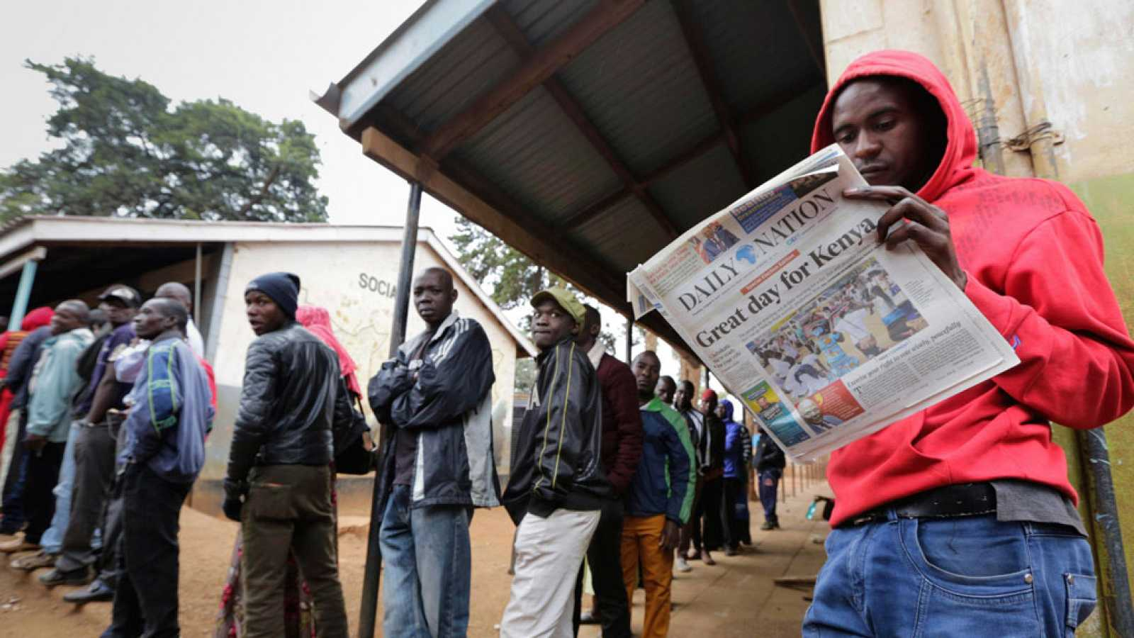Kenia elige presidente en busca de estabilidad