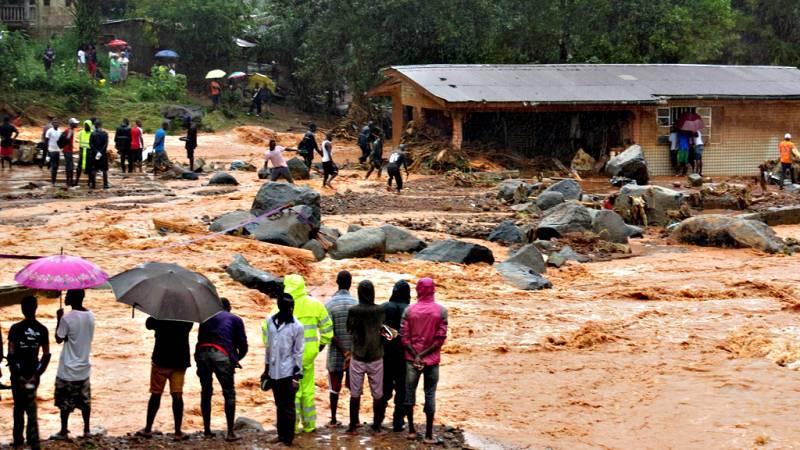 Al menos 300 muertos en las lluvias torrenciales que asuelan Sierra Leona